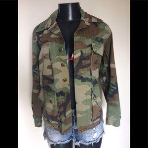 Vintage Army Camuflaje utility Jacket size Small